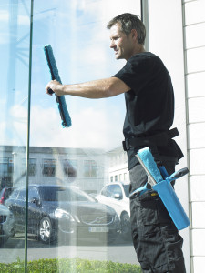 почистване и измиване на витрини